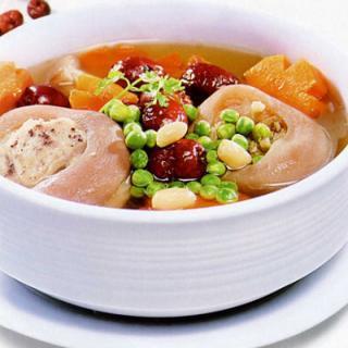 Món ngon bổ dưỡng – Linh Chi Sườn Heo